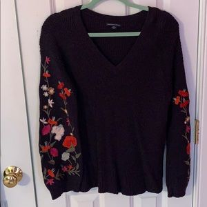 Floral sleeved plum sweater